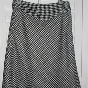 Worthington Black and White Plaid Skirt